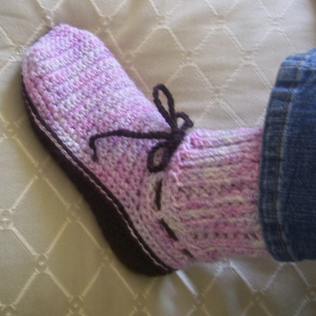 Free Crochet Patterns Dog Boots : CROCHET SWEATER BOOT How To Crochet