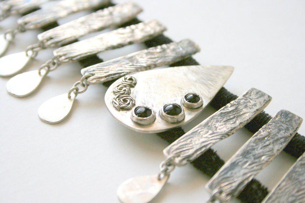 Silver Necklace Large Choker Black Garment - mehru