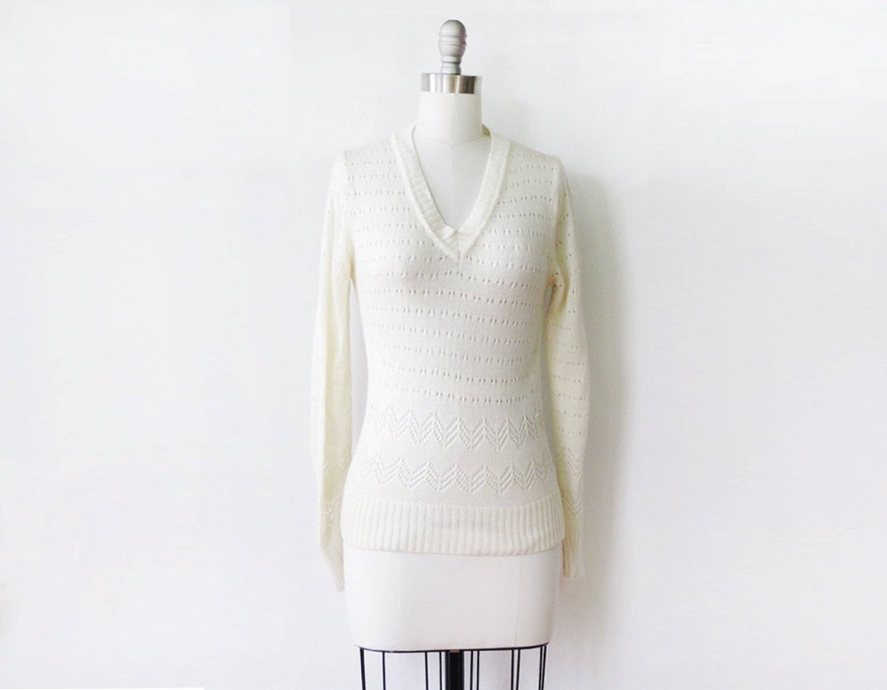 SALE 1960 white sweater / vintage 60s white pointelle knit pullover / chevron knit sweater