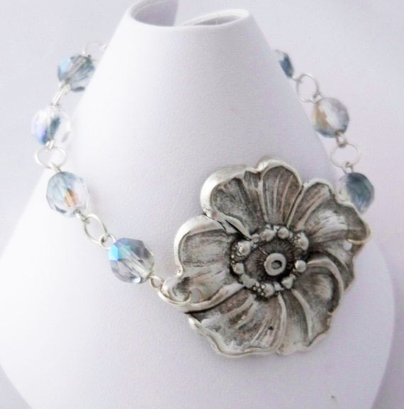 Flower Bracelet, Gray Two-Tone Czech Glass - BiddysBeads
