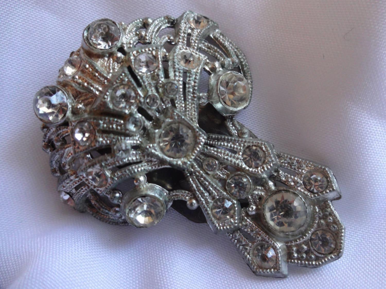 Lovely Art Deco Pot Metal Filigree Rhinestone Dress Clip