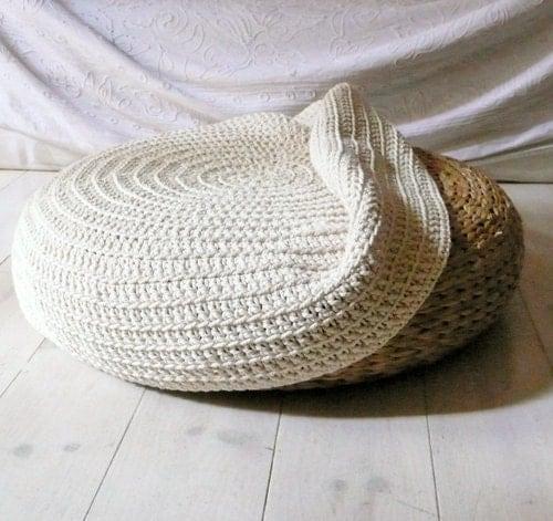 Cobertura Crochet fezes - ecru