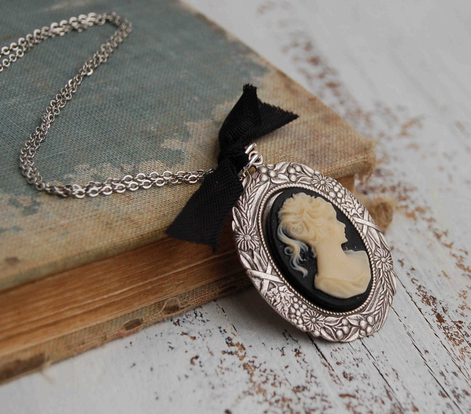 BLACK CAMEO NECKLACE Silver Romantic Jane Austen Victorian Black Ribbon