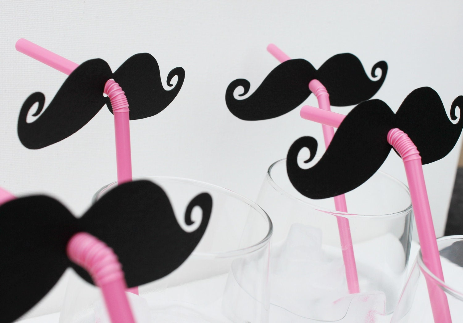 Mustache and Pink Straw  Photo Prop. Candy Bar. Wedding Photo Prop - Set of Four