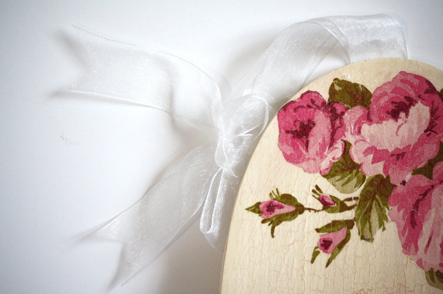 Pink roses shabby chic decoupage home decor, wall door, poletsy, poltreat, flowers, floral, pink, cream, for her, cozy, living room, bedroo - CatHot