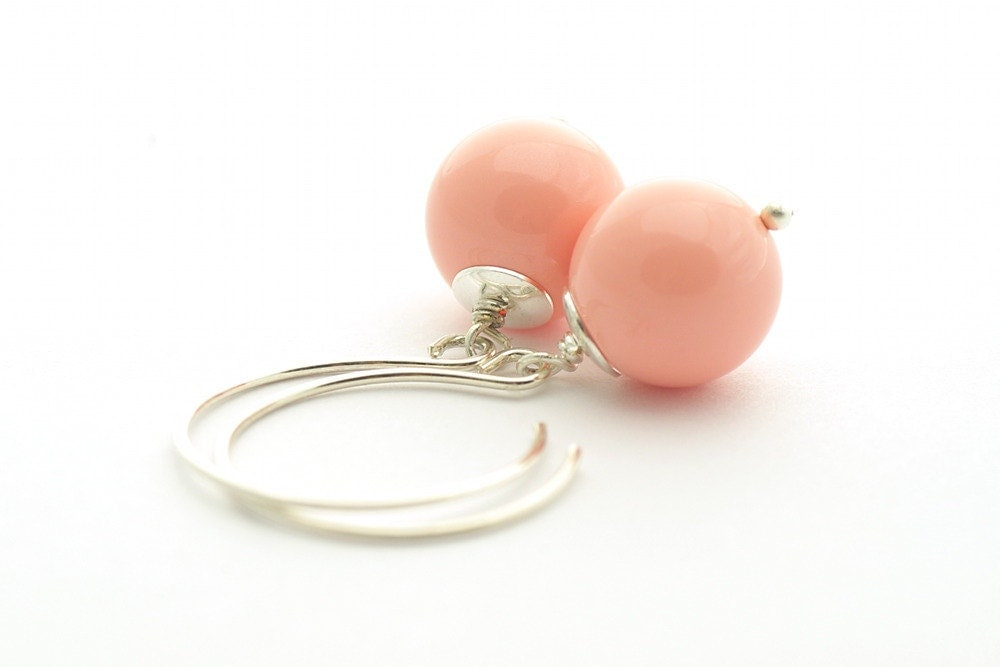 Pastel Peach Earrings, Summer color, Swarovski Pink Coral, Pearl Earrings, sterling silver 925 - cardioceras