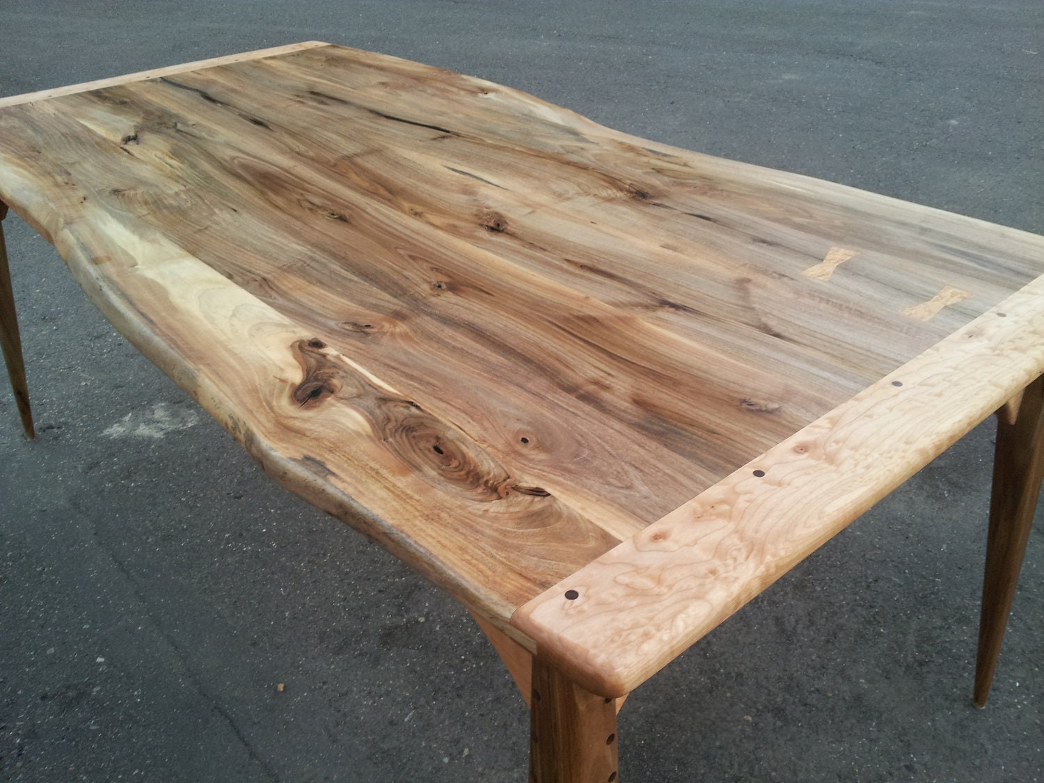 Rustic modern live edge walnut and maple dining by jobespot for Maple dining table