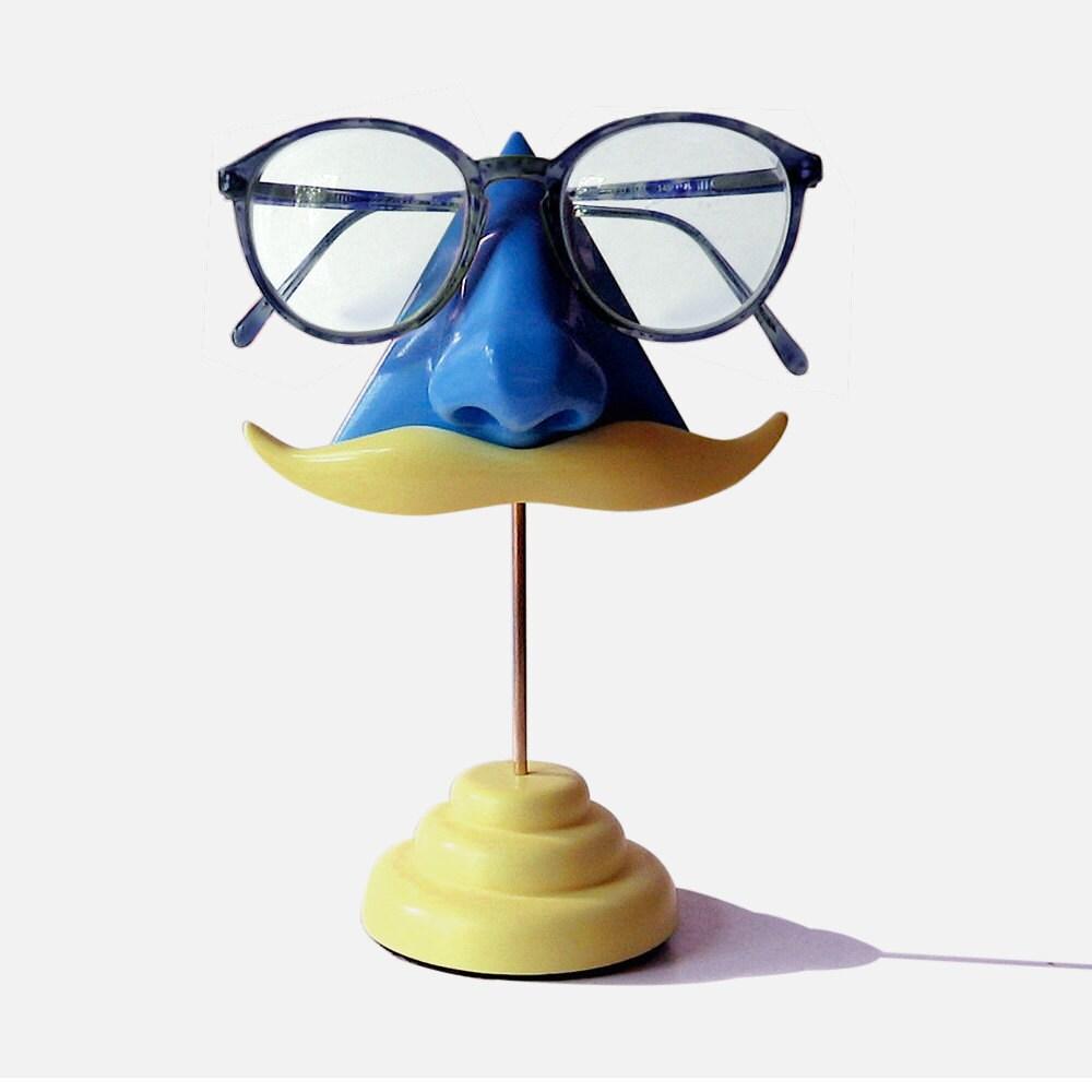 Blue Nose Eyeglass Stand Blond Moustache - ArtAkimbo