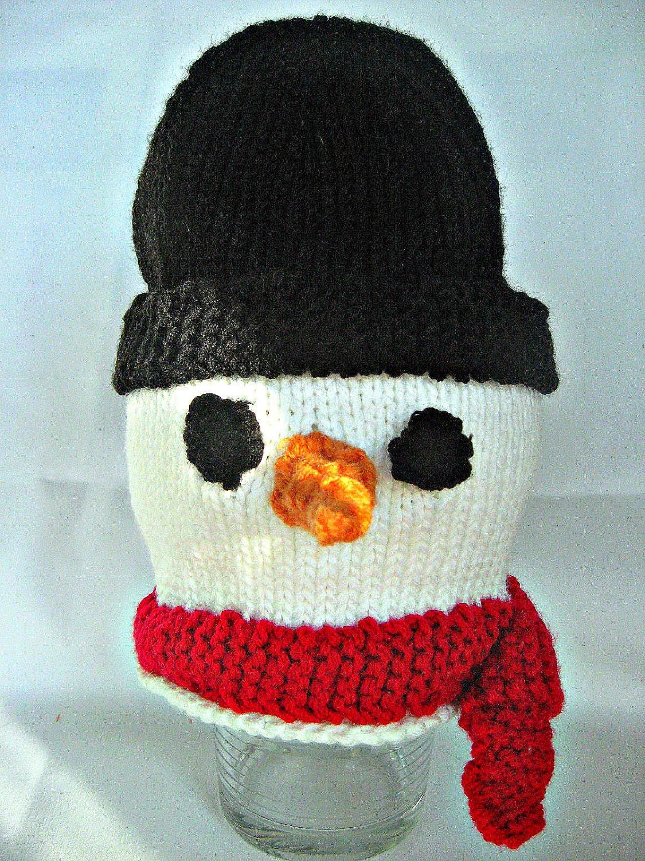 بسیار سرد پوشیده از شبنم یخ زده برف مرد کلاه بچه