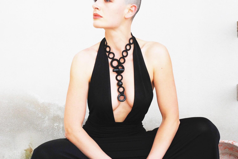 Fiber art black necklace.Crochet cotton whit ceramic raku beads. Handmade textile jewelry by Aliquid - AliquidTextileJewels