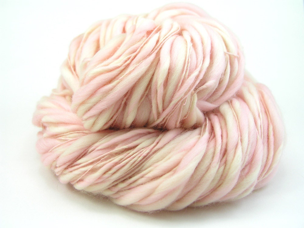 Handspun Thick and Thin 100% 19 micron Merino, 163 yards, 3.5 oz., Pink, Ecru, Art Yarn, Peony - TheSavvyStitch