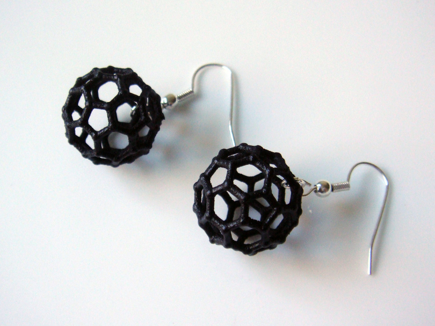 Buckyball Chemistry Molecule Earrings for scientists and engineers - Stark060