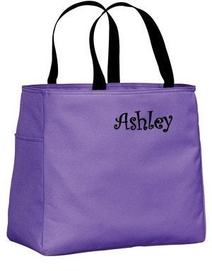 10 Personalized Bridesmaid Tote Bags