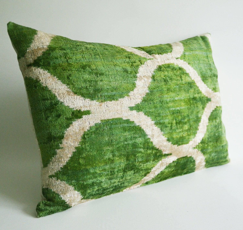 Sukan / SALE, Decorative Pillow - Throw Pillow Cover - ikat Velvet Lumbar Pillow Cover Green Beige