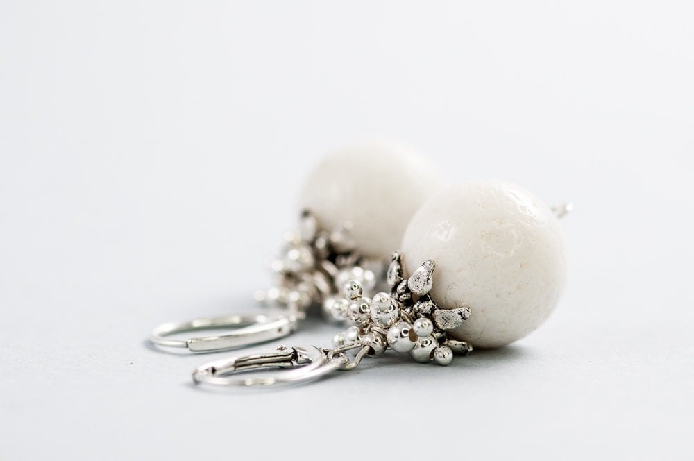 White Coral Bridal Earrings Beaded Short Wedding Earrings Wedding Jewelry Mother Day Gift - DevikaBox