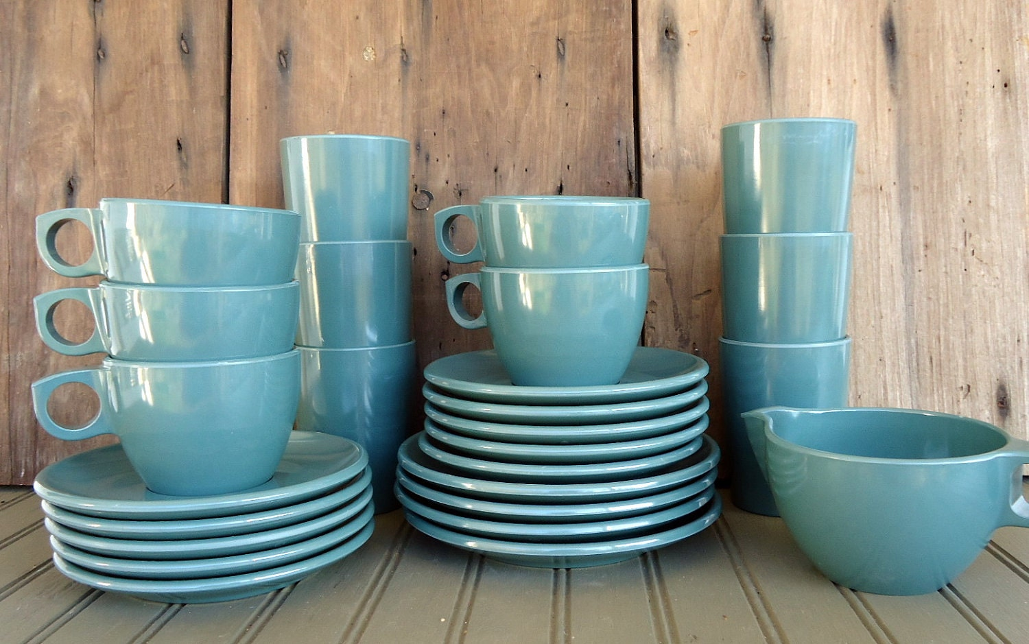 The Real Deal Watertown Lifetime Ware available at TheSquirrelCottage & Vintage Plastic Melmac Dinnerware History Melamine : GPL Watertown ...