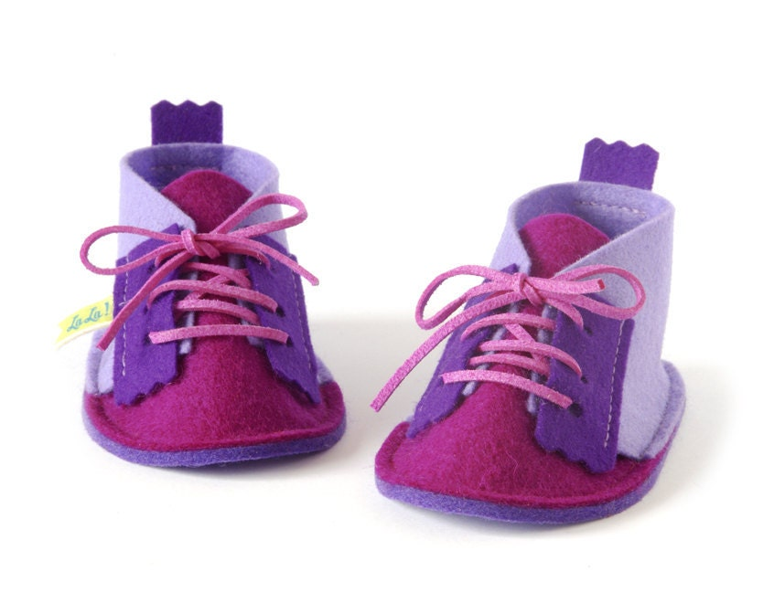 Baby girls shoes in lavender & magenta, baby girls booties slippers, infant house shoes in pure wool felt