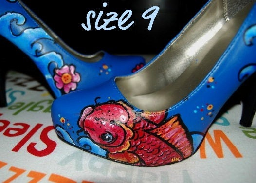 DONT BE KOI hand painted heels - size 9