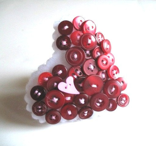 Red Heart Button Brooch Pin