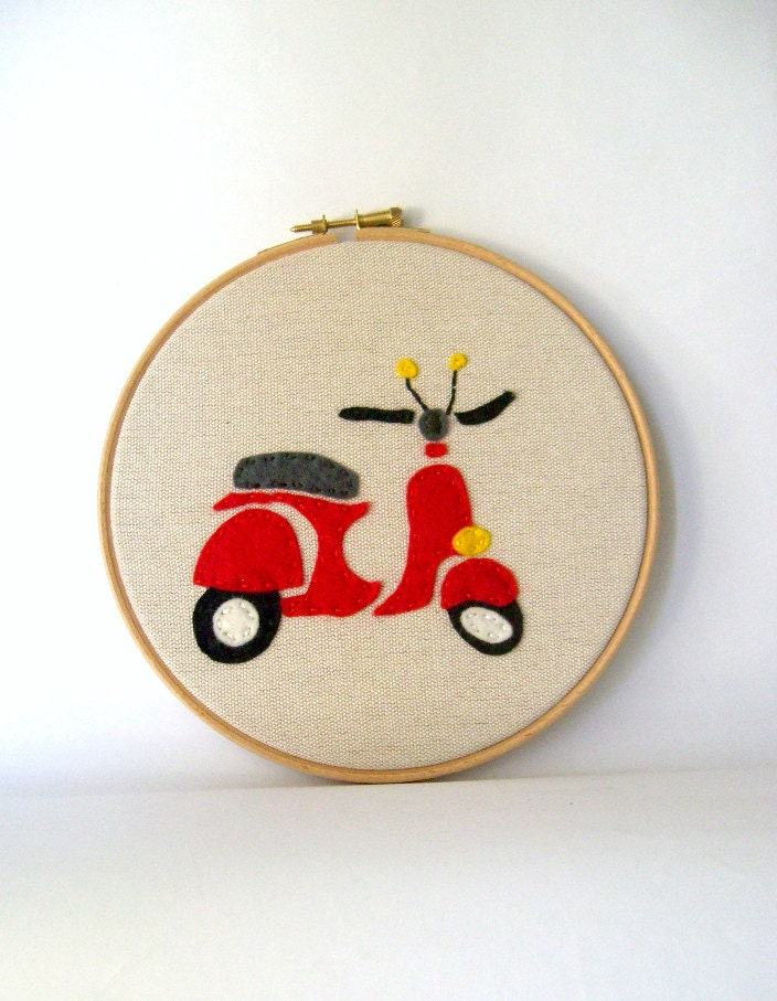 Red vespa hoop art , hand embroidery decoration with felt ,home decor red vespa hoop wall art,toddlers room - pitsispopis