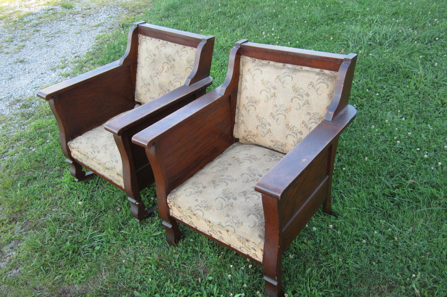 Set of Antique Mission Styled Early 1900s Chairs