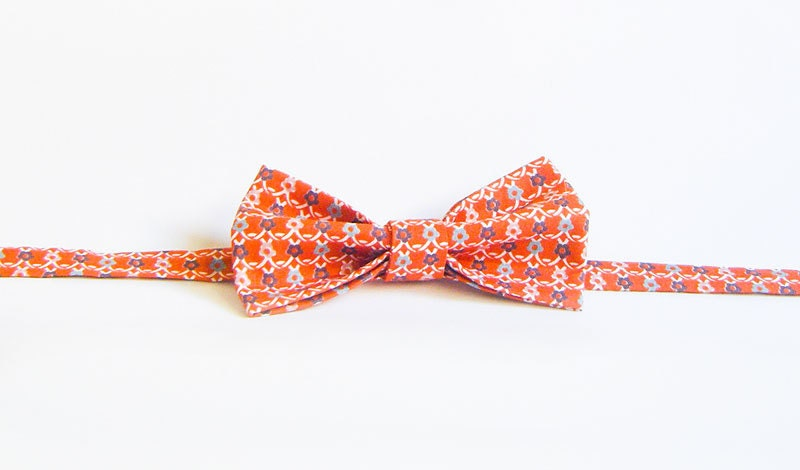 Handmade Bow TIe - Rusty Orange Daisy Chain - BTIES
