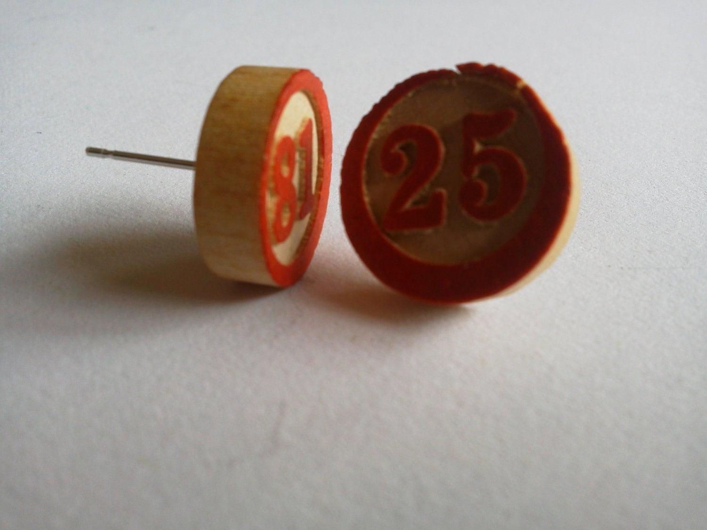 Retro Wooden Bingo Piece Earrings - TheHipsterHideout
