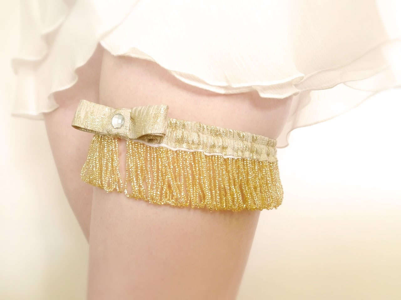 Gatsby bridal garter golden pearls and lamé OOAK by Jye, Hand-made in France - Joliejye