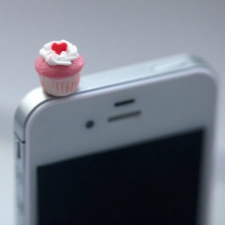 Kawaii Mini CUPCAKE with PINK HEART Iphone Earphone Plug/Dust Plug - Cellphone Headphone Handmade Decorations