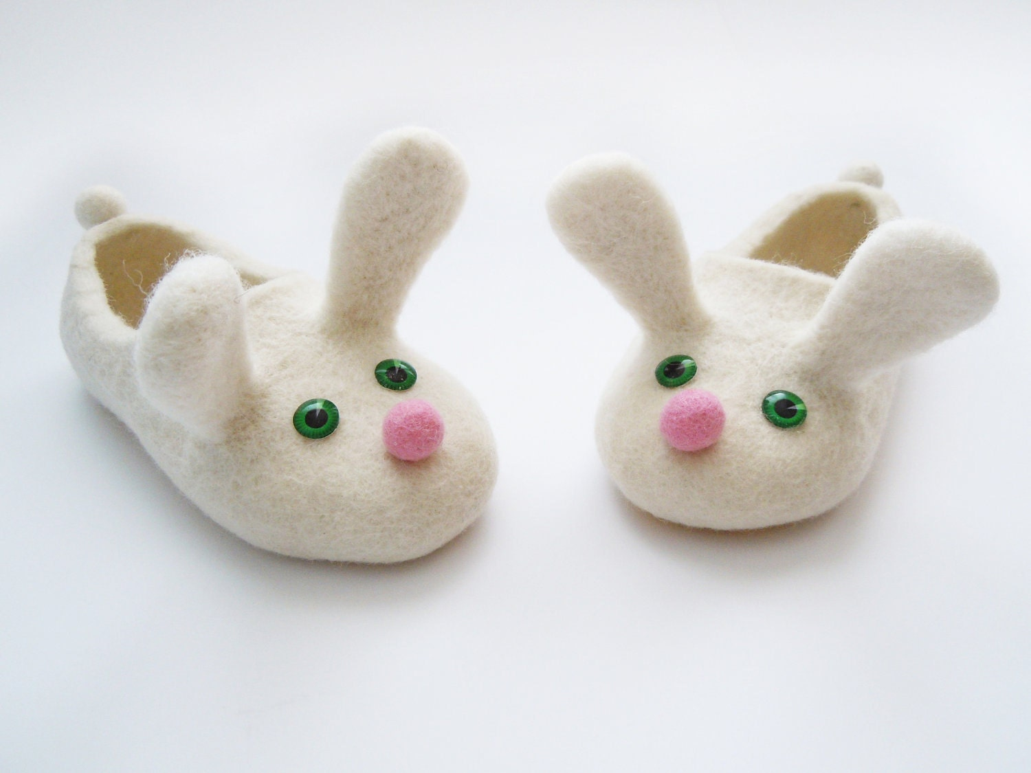 Two white bunnies. Felted kid size slippers - Simonascrafts