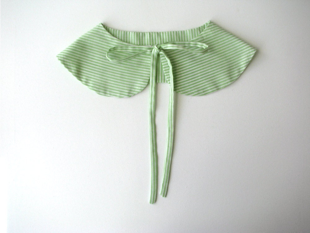 Butterfly collar - Peterpan collar - green and white stripes- Summer Accessories - tricotaria