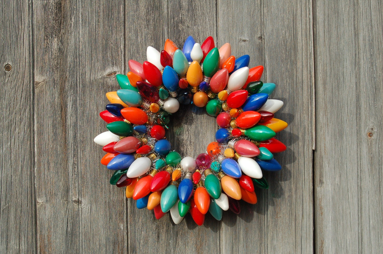 Etsy treasury tuesday what is your style of christmas wreath a sparkly life for me - Decorazioni natalizie con materiale di riciclo ...