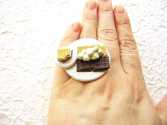 Smores продовольственной Кольца Шоколад Зефир Грэм Крекеры Kawaii кольцо