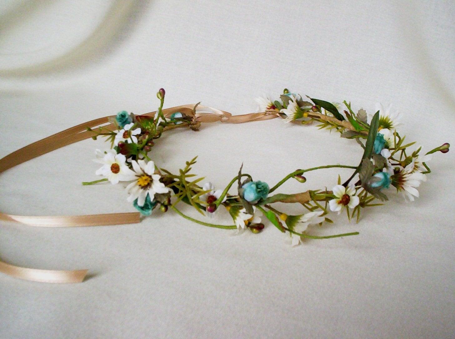 Flower Crown Hippie Natural woodland  daisies Festival hair Wreath