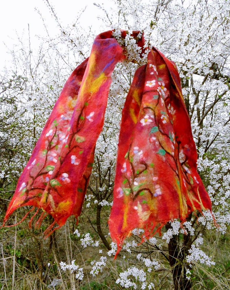 Floral shawl. Nuno felted scarf with spring flowers. OOAK - filcAlki