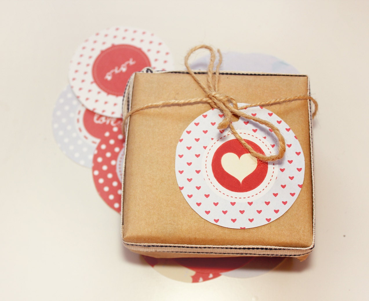 PRINTABLE Valentines Circle Tag - A Summer's Love Series - ZestAndLime