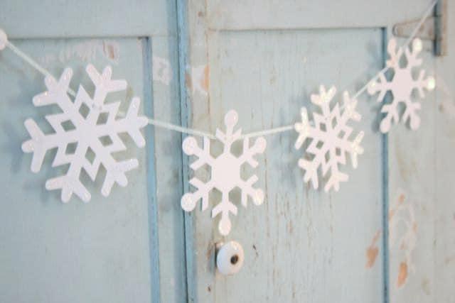 snowflake garland bunting