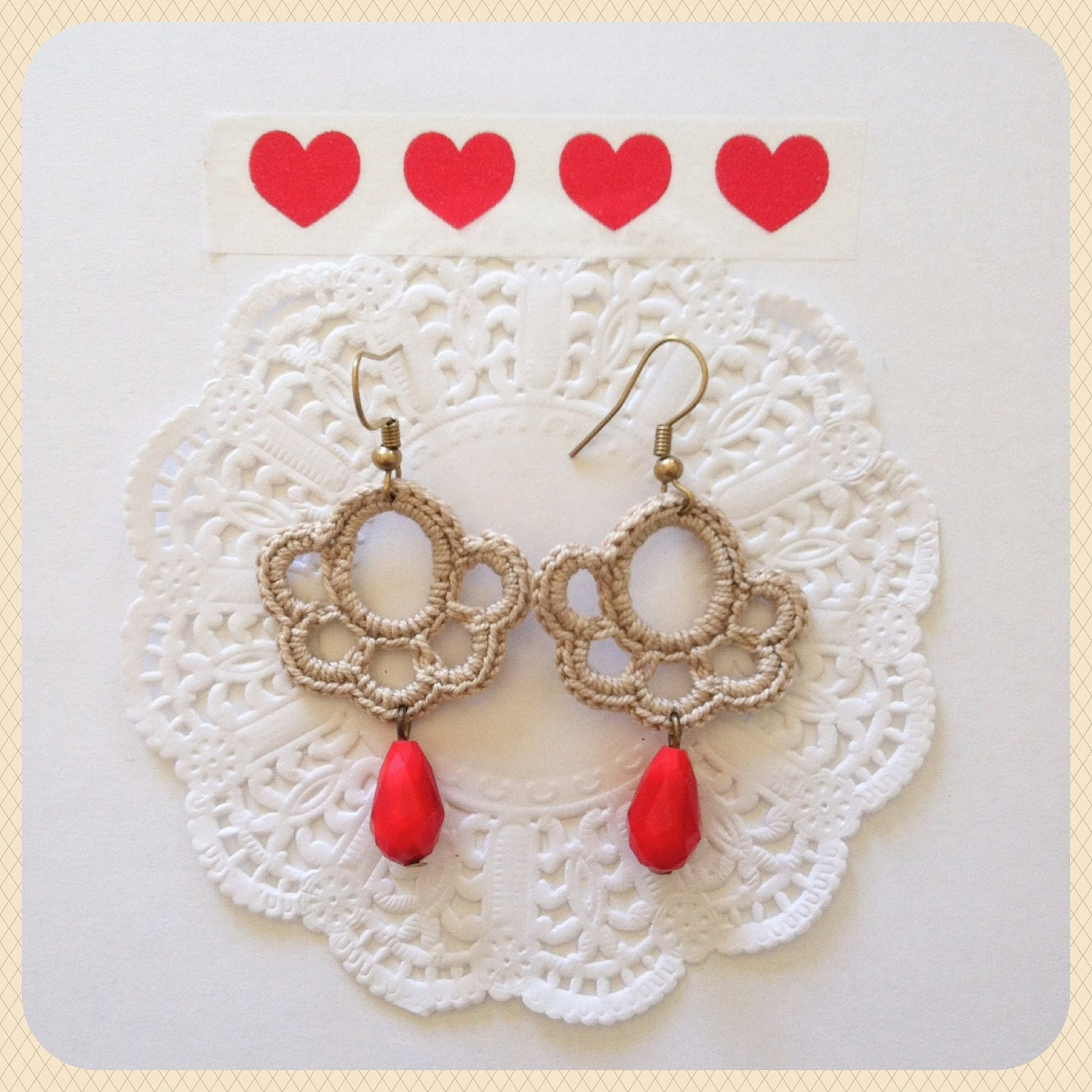 Crochet earrings Cream Red