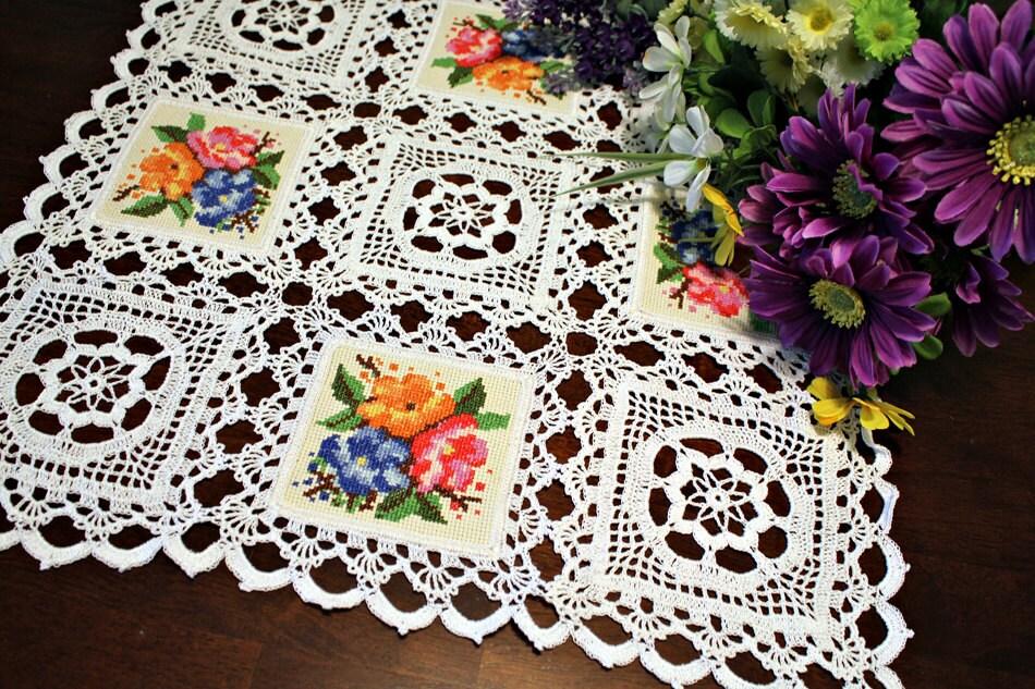 Crochet flower squares - DoilyMania