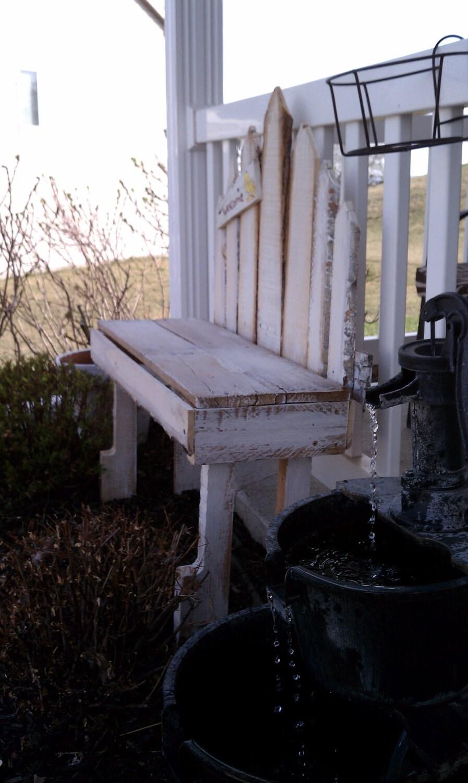 banco de jardín hechas de paletas de madera