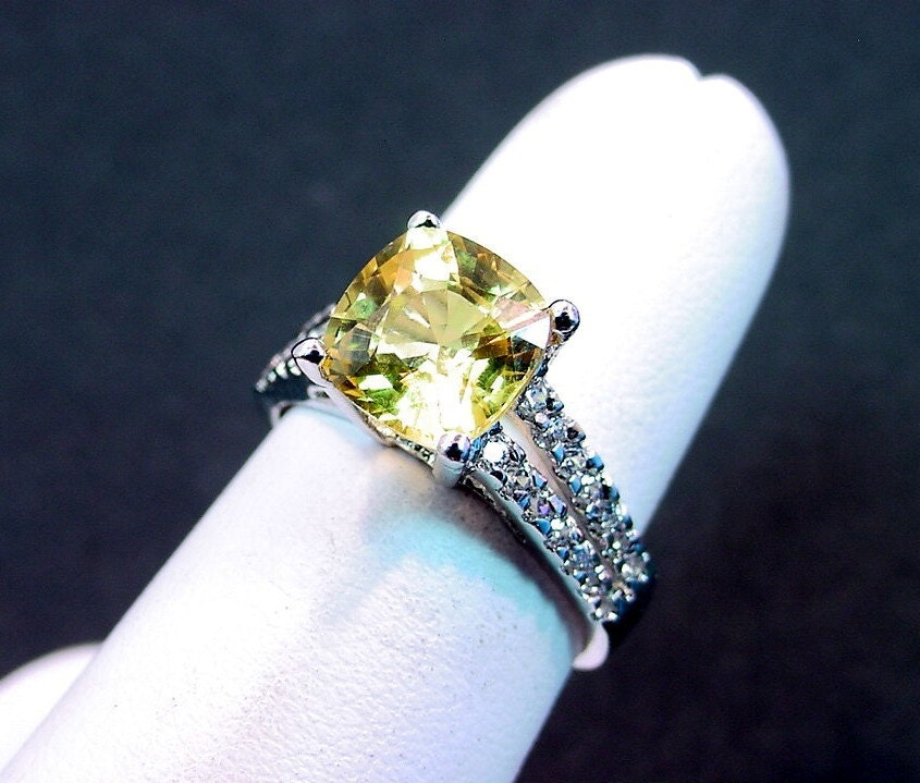 8x8mm 2.88 Carats AAA Cushion cut yellow Sapphire 14K white gold diamond (.40cts) ring 0768