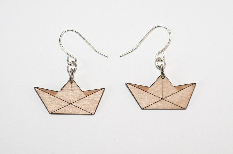 Earrings paper boat