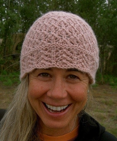 knitting: Chemo hats?