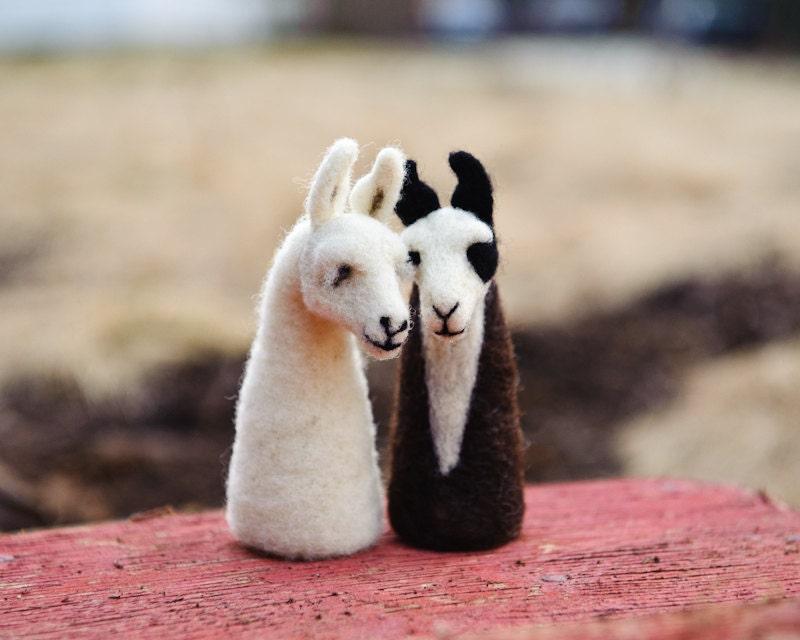 Llama Finger Puppet Couple