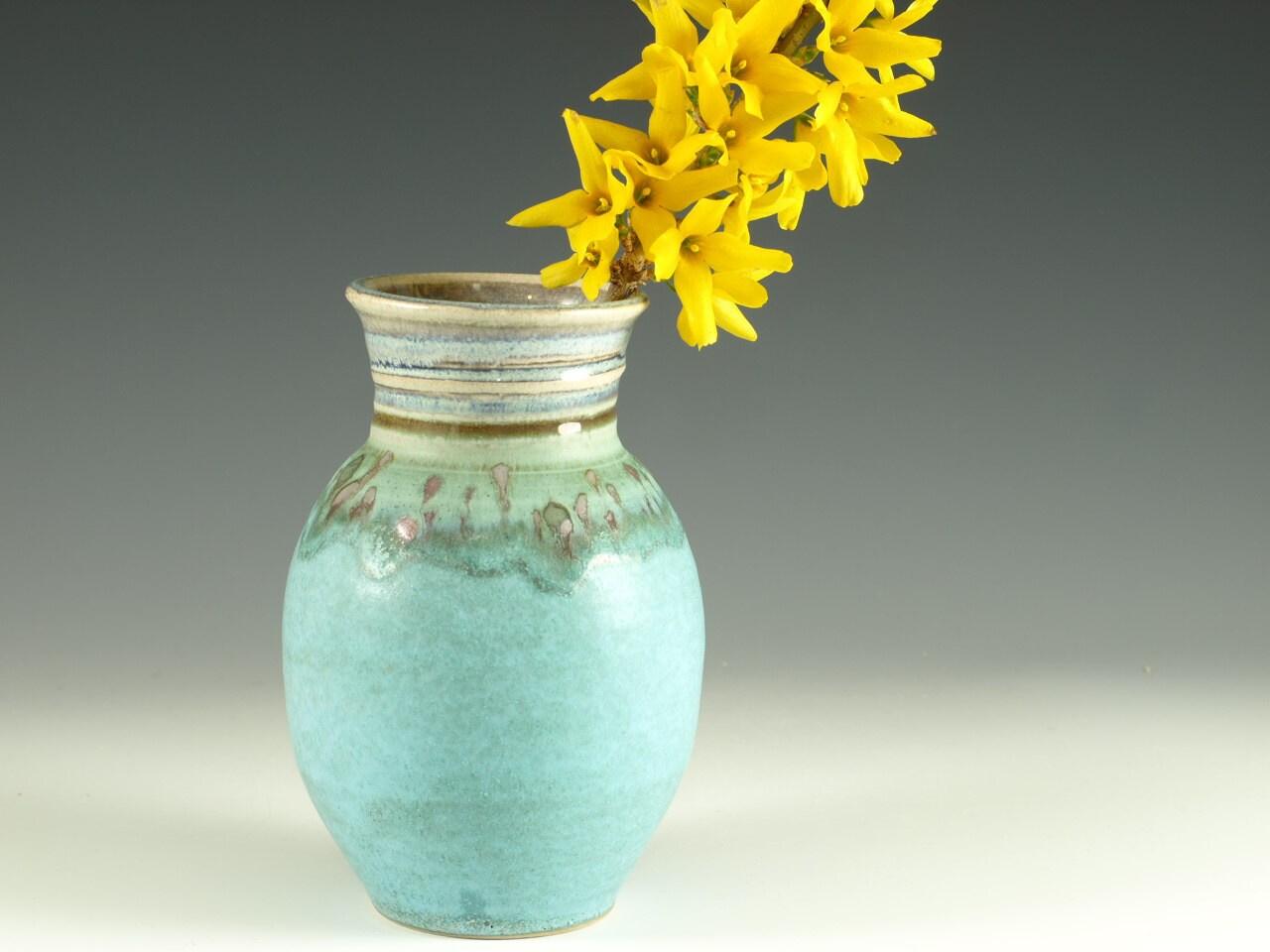 Bud Flower Vase - handmade pottery