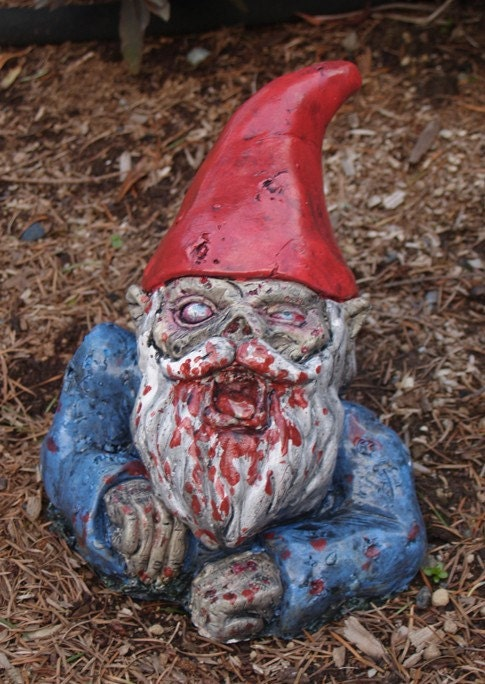 Who buried the gnome in the yard?
