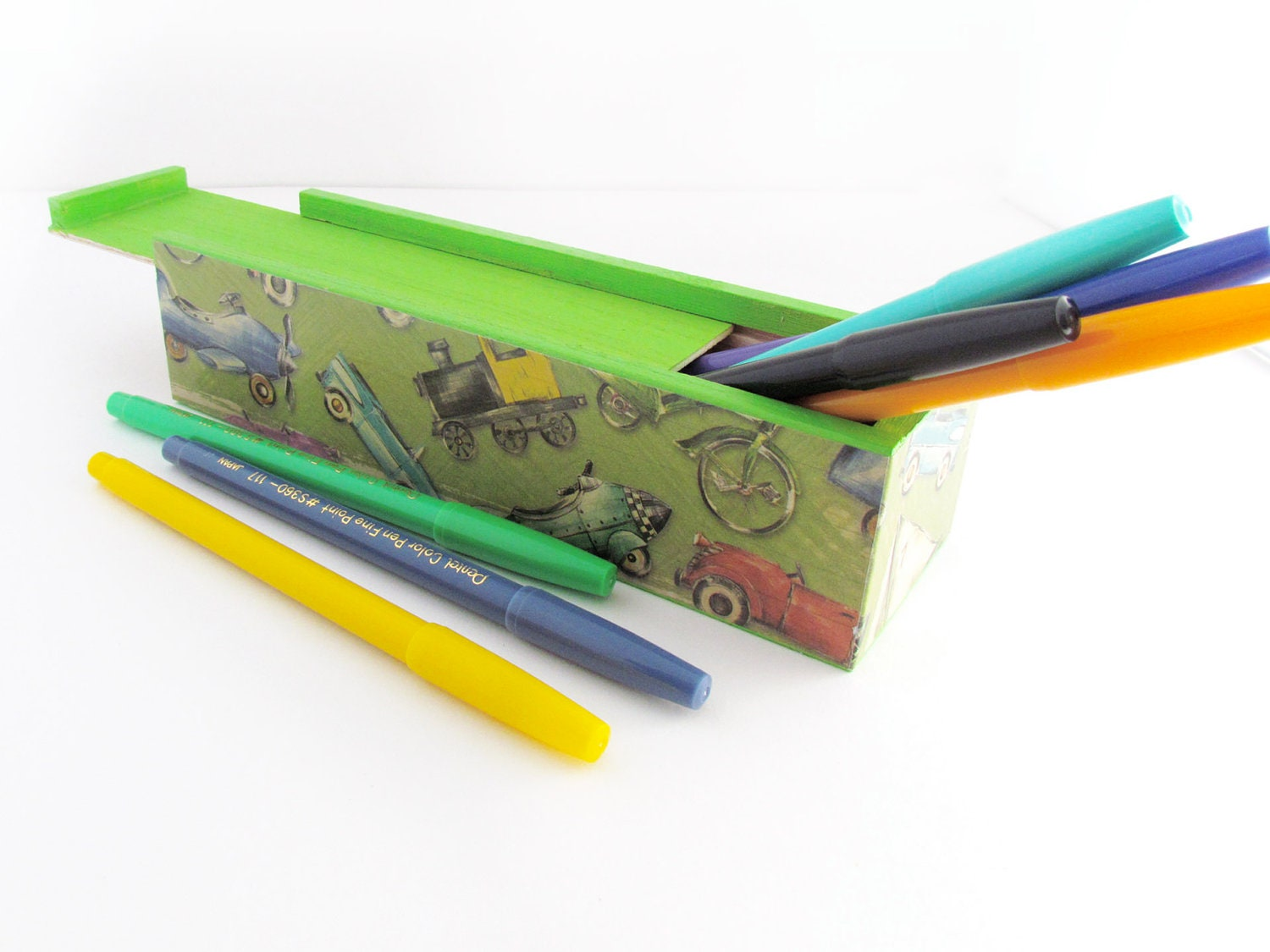 Retro Kiddie Cars Arts & Crafts Pencils Box - Vintage Retro Kiddie Cars Wooden Craft Keepsake Box - WalterSilva