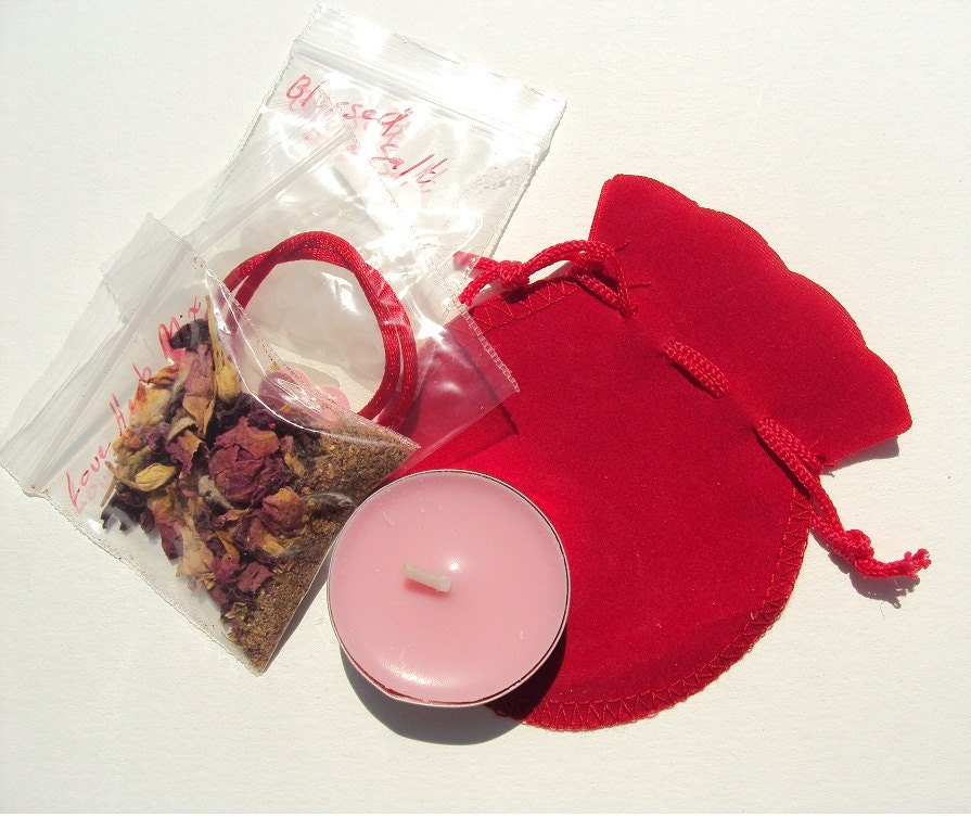 Love and Romance Knot Spell and Sachet Kit