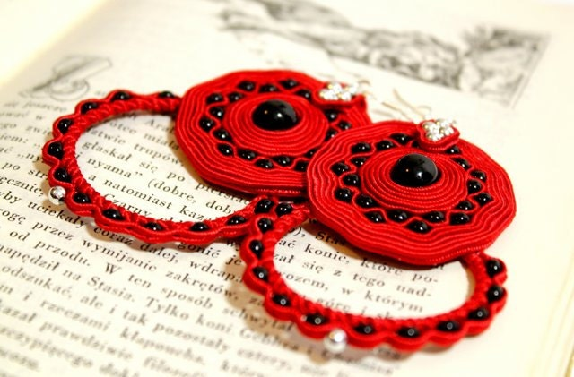 Gypsy Boho Hippie Hand Embroidered Soutache Earrings in Red and Black - OOAK - Herinia