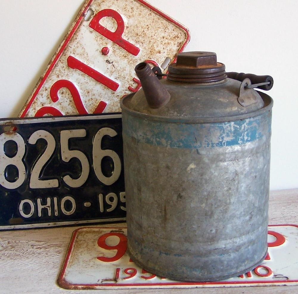 Galvanized Blue Band Gas Can